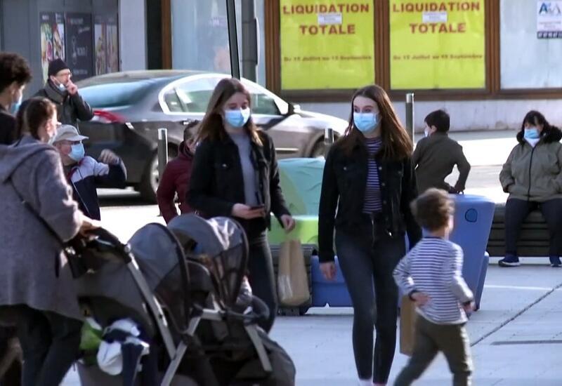 Во Франции ухудшается ситуация с пандемией