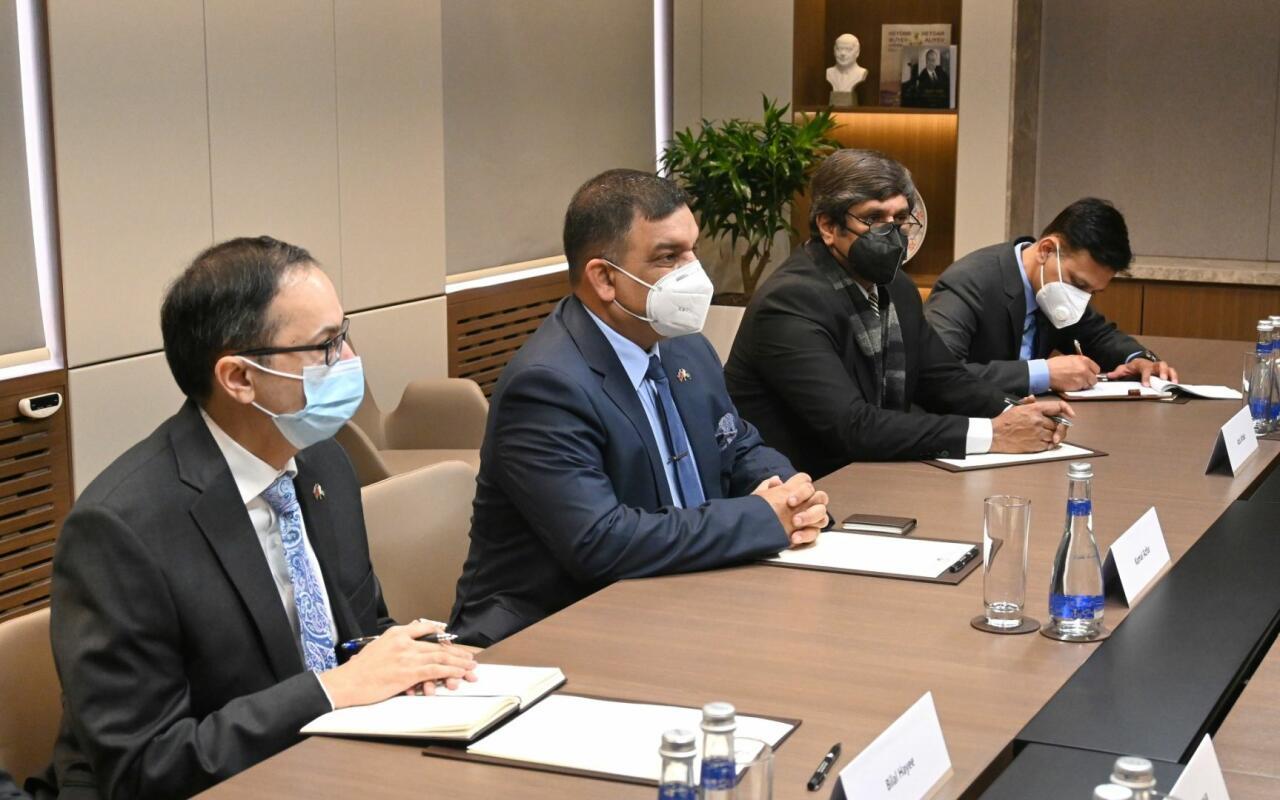 Джейхун Байрамов встретился с гендиректором Организации пограничных работ Пакистана