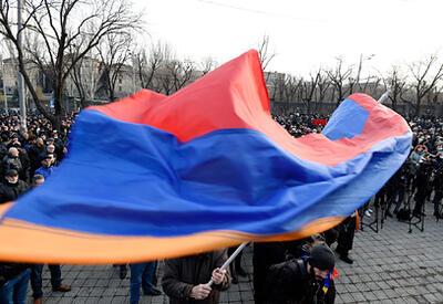 """У трупа нет перспектив: кое-что о """"мертвой  Армении"""""""