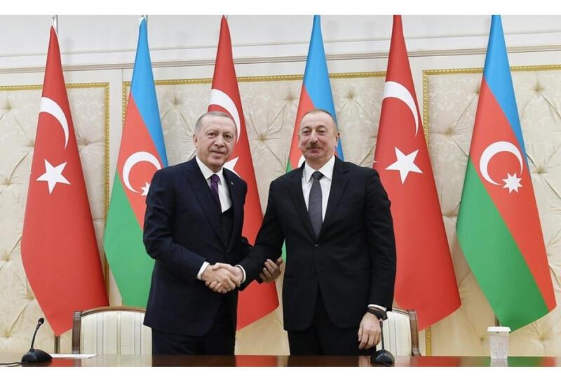 Состоялся телефонный разговор между Президентами Азербайджана и Турции