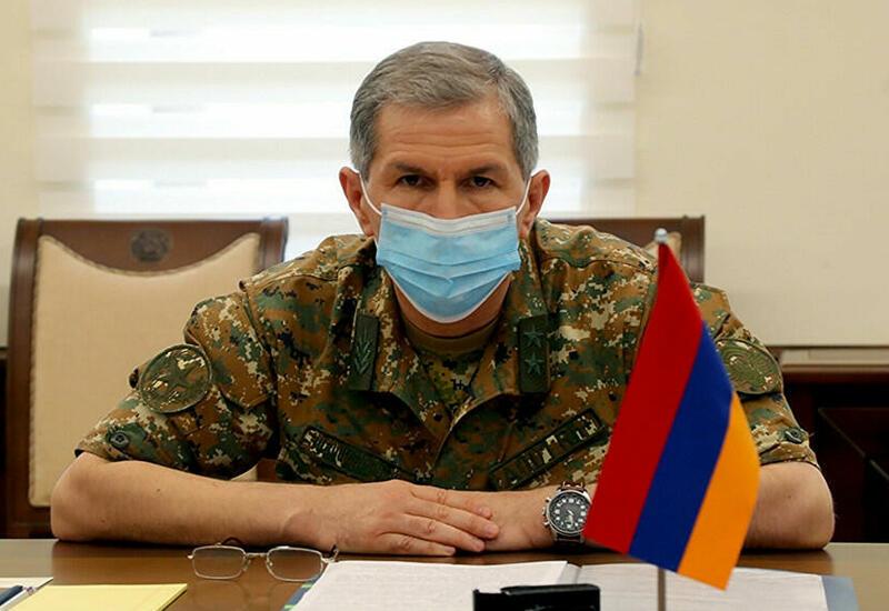 Конституция Армении отводит три дня на решение по отставке главы Генштаба