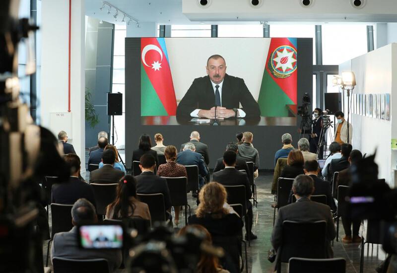 Президент Ильхам Алиев: Азербайджанцы должны вернуться и вернутся на земли, которые сегодня находятся под контролем миротворческой миссии