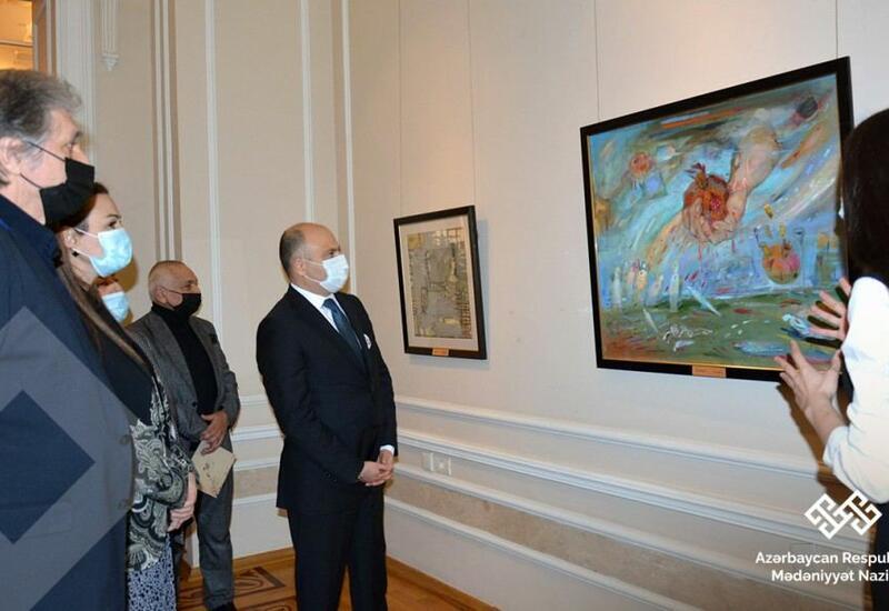 В Баку открылась выставка картин и скульптур, посвященная Ходжалинскому геноциду