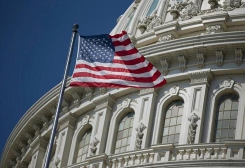 Конгресс США одобрил план стимулирования экономики на $1,9 трлн