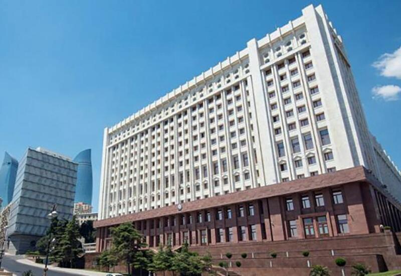 Комиссия по вопросам помилования при Президенте Азербайджана рассмотрела сегодня более 100 обращений