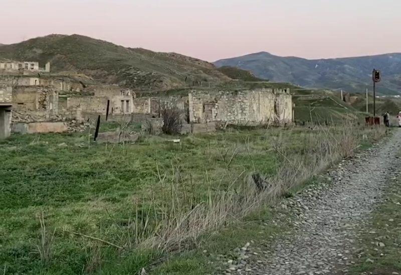 Разрушенные дома, мёртвые города и села
