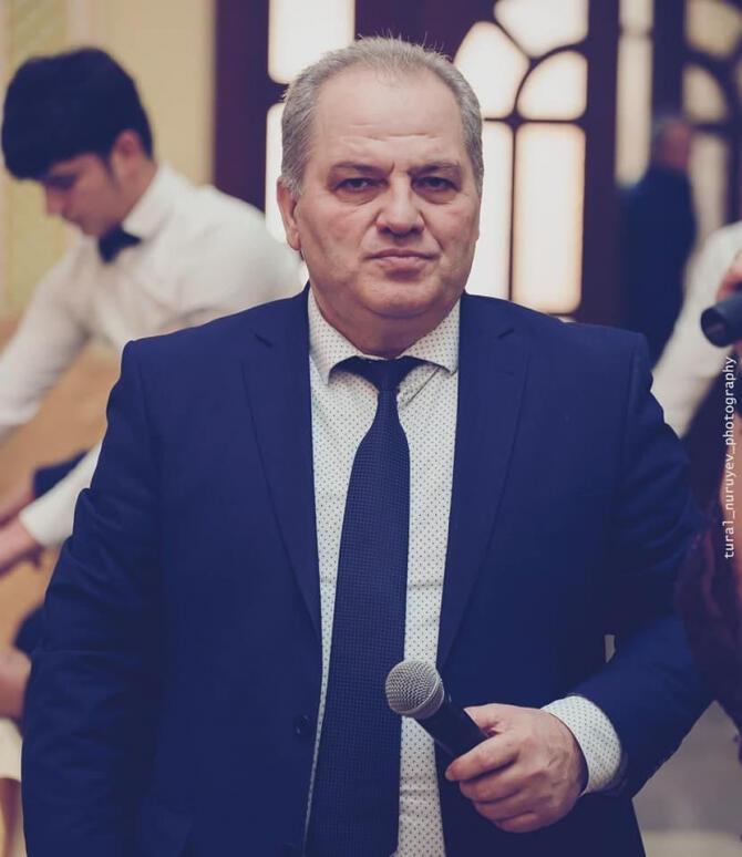 Азербайджанский певец скончался от сердечного приступа
