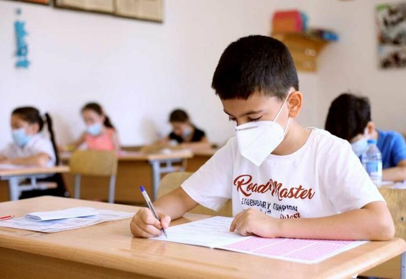 Минобразования о приеме детей в I классы школ не по месту прописки