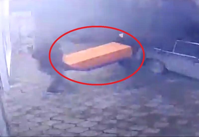 В Баку из маркета украли аппарат «E-manat»