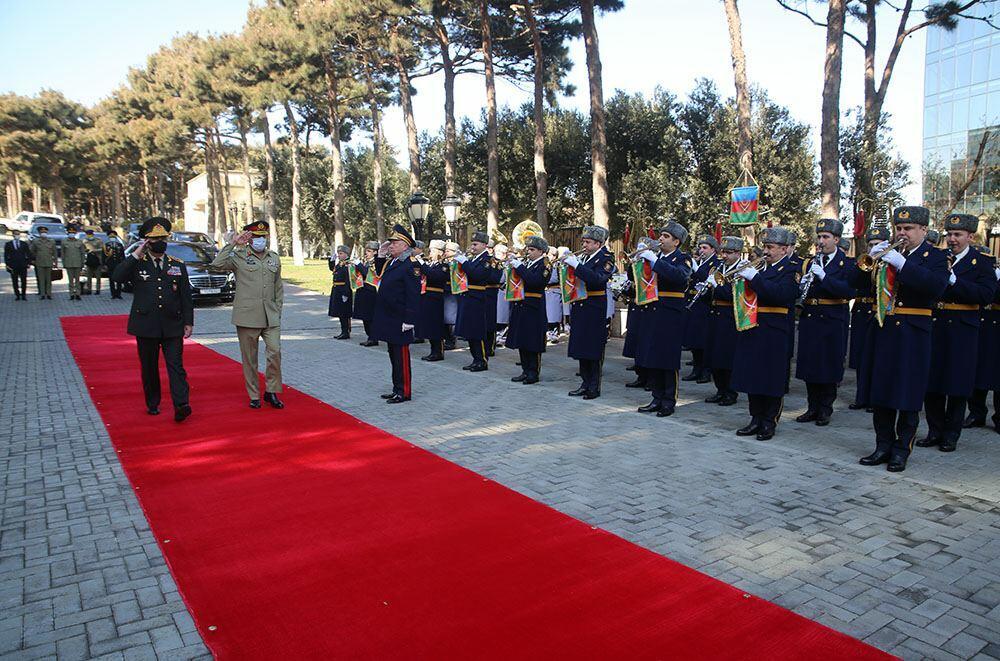 Азербайджан и Пакистан обсудили военное сотрудничество