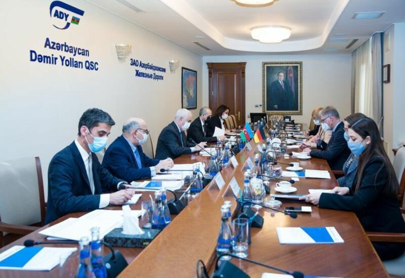 Германия желает инвестировать в железнодорожные проекты в Азербайджане