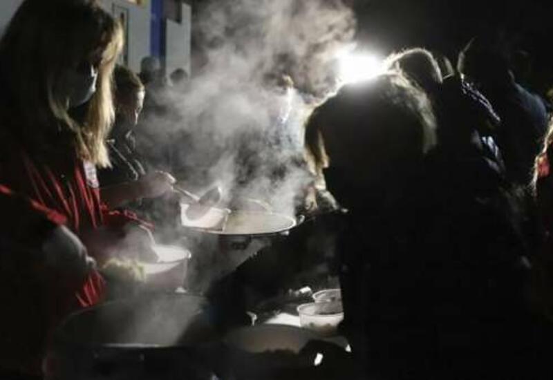 Тысячи людей остались на улице - последствия жуткого землетрясения в Греции