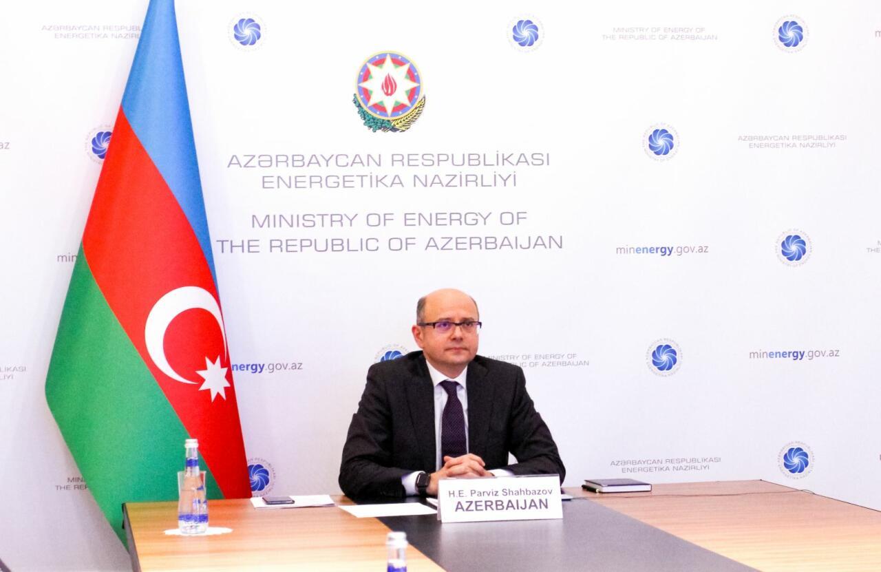 Азербайджан поддержал соглашение о продлении сокращений на добычу нефти в апреле