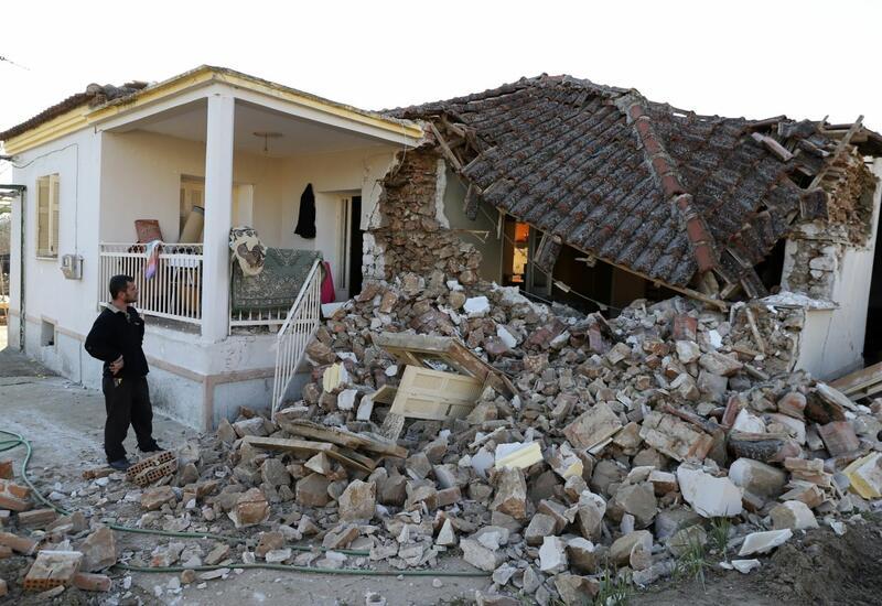 Власти Греции объявили ЧС в зоне землетрясения