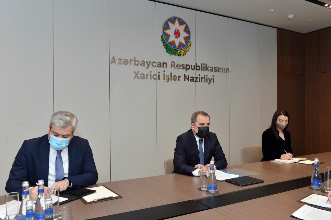 Джейхун Байрамов обсудил вопросы сотрудничества с главой Бакинского офиса Совета Европы