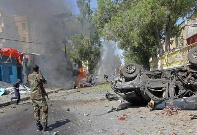 Взрыв прогремел в столице Сомали, десятки погибших и раненых