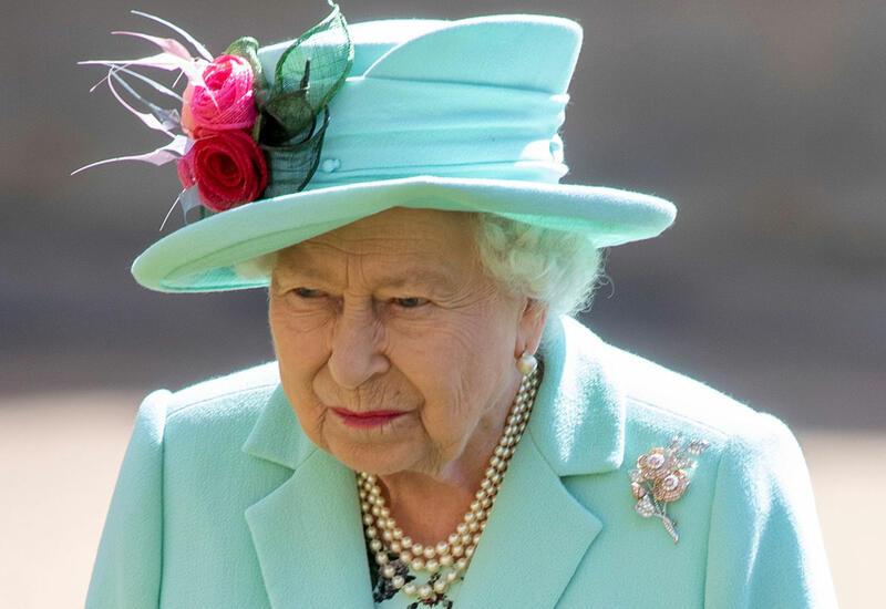 Елизавета II лишится личных самолетов