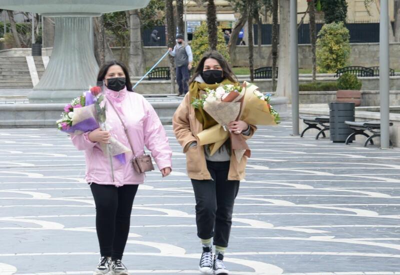 Баку отмечает Международный женский день - 8 Марта
