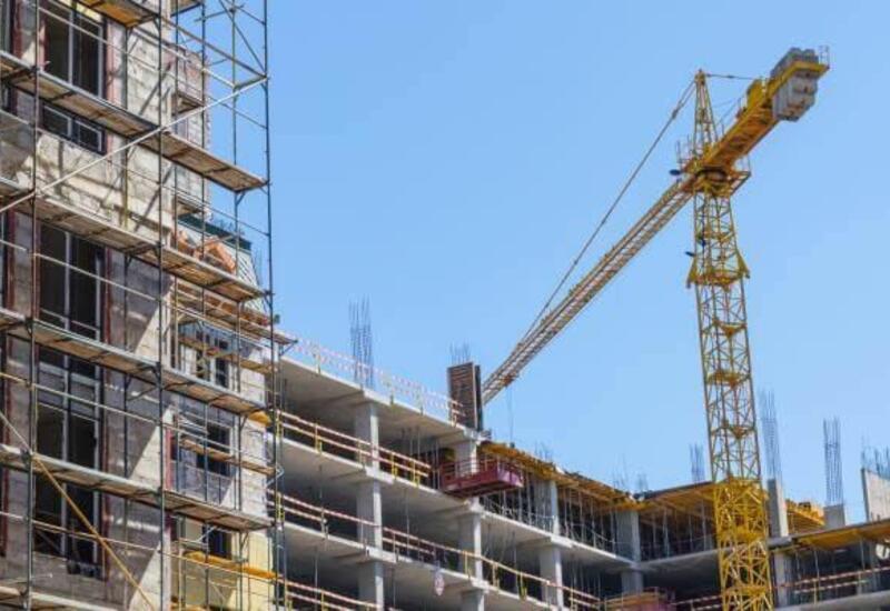 Частный сектор продолжает лидировать в Баку по объему выполненных строительных работ