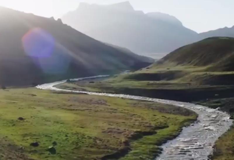 Азер Гулиев поделился ярким видео об Азербайджане