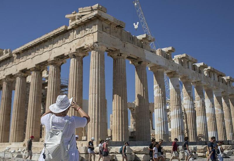Греция полна решимости принимать туристов