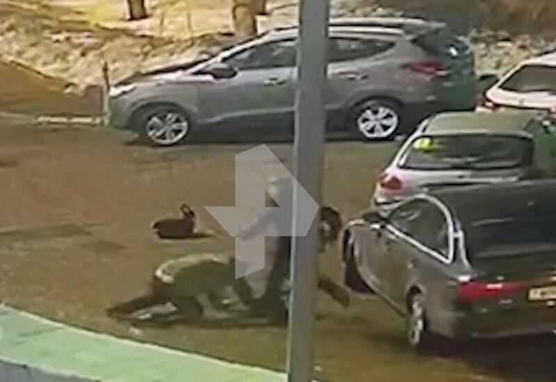 Камера сняла чудовищное убийство мужчины в Москве