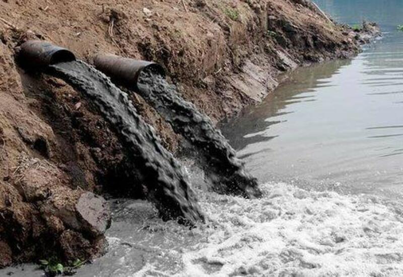 Армения продолжает загрязнять приток Араза