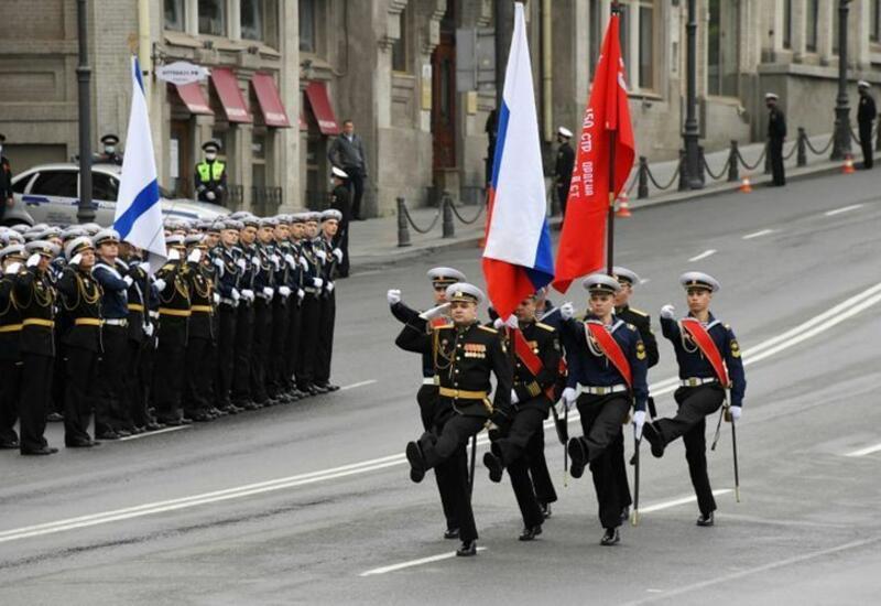 Кремль: В этом году Парад Победы пройдет в обычном формате
