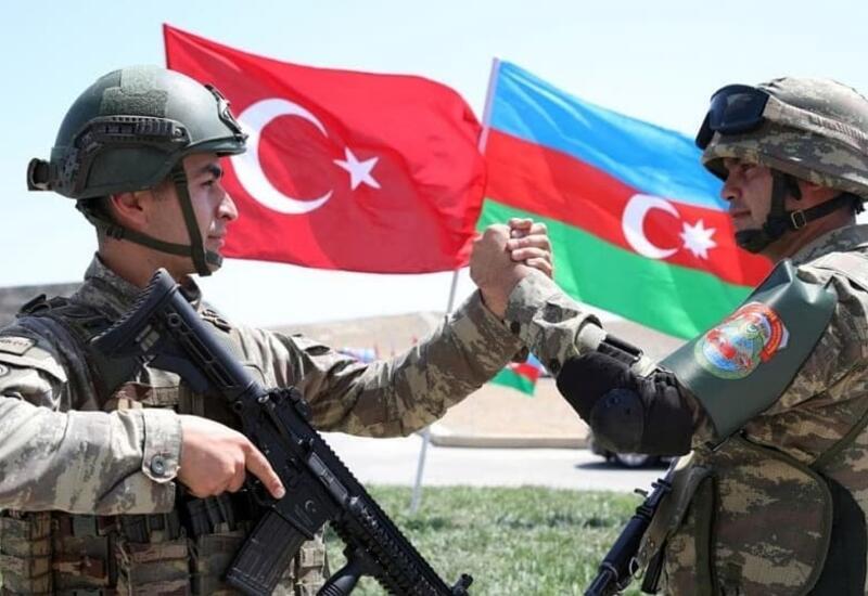 Братство Азербайджана и Турции во время битвы при Чанаккале