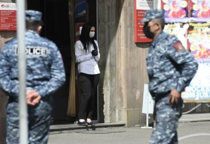 В Армении из-за досрочных выборов отменят военное положение