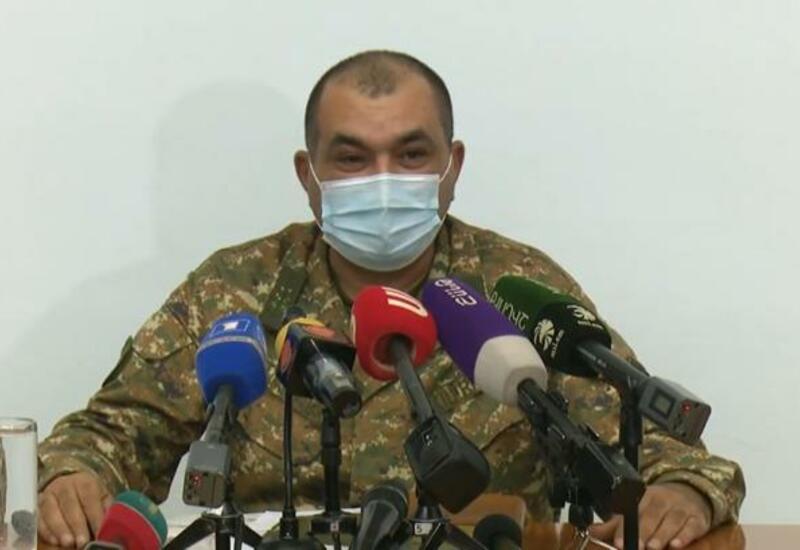 Уволенный за смех над Пашиняном генерал подал в суд на министра обороны Армении