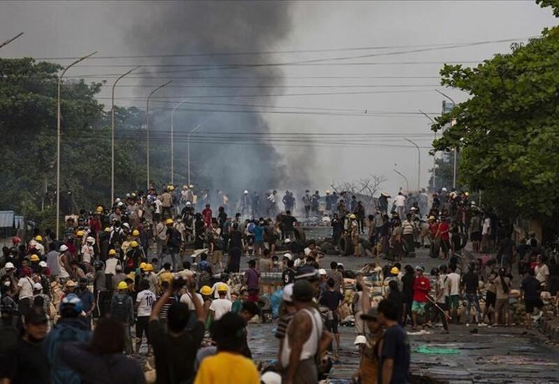Число погибших в столкновениях в Мьянме достигло 730