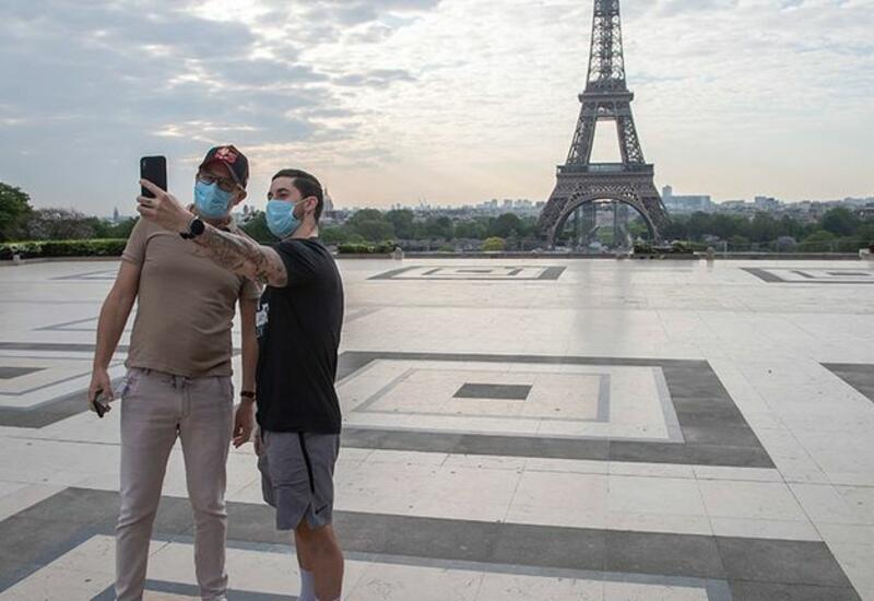 Франция выделила €26 млрд на поддержку туристической отрасли