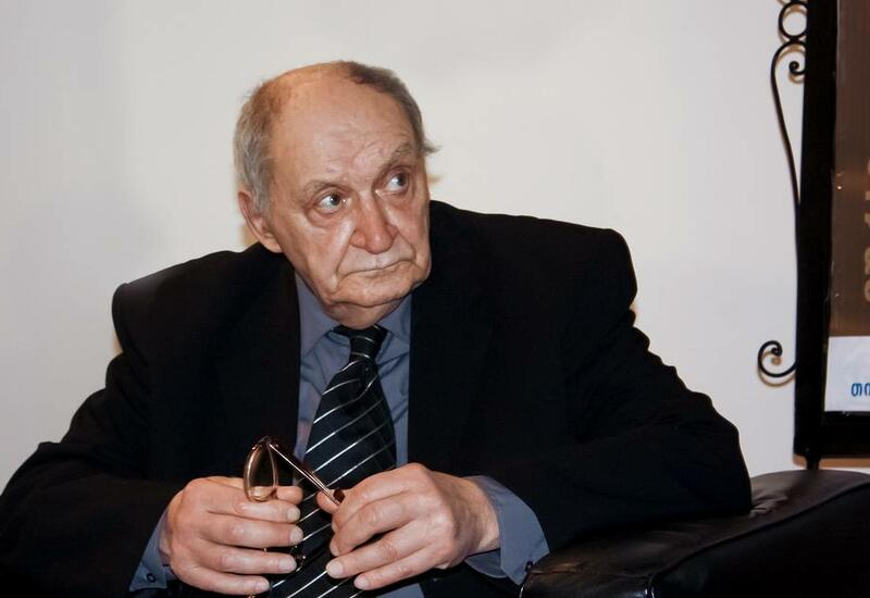 Умер писатель Гурам Дочанашвили