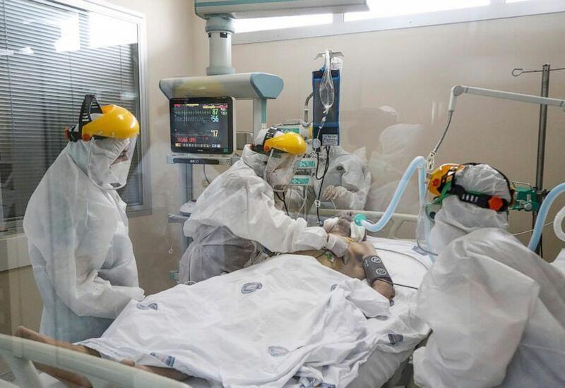 Во Франции число госпитализированных с COVID-19 впервые оказалось ниже 10 тыс.