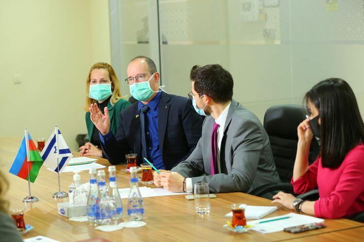TƏBİB передана доставленная из Израиля медицинская и гуманитарная помощь