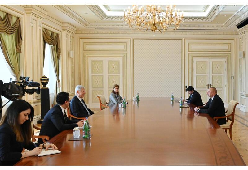 Президент Ильхам Алиев: На освобожденных землях Азербайджана налицо армянское зверство, вандализм