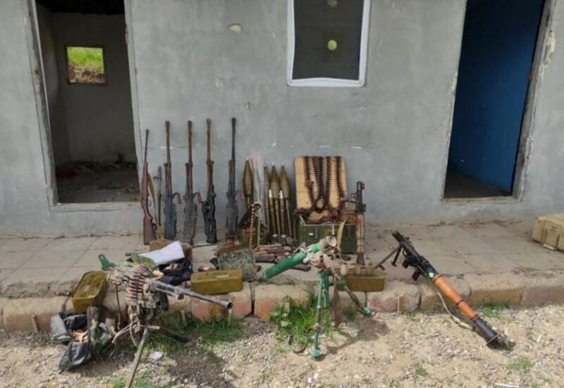 В Ходжавенде обнаружены брошенные армянами боеприпасы