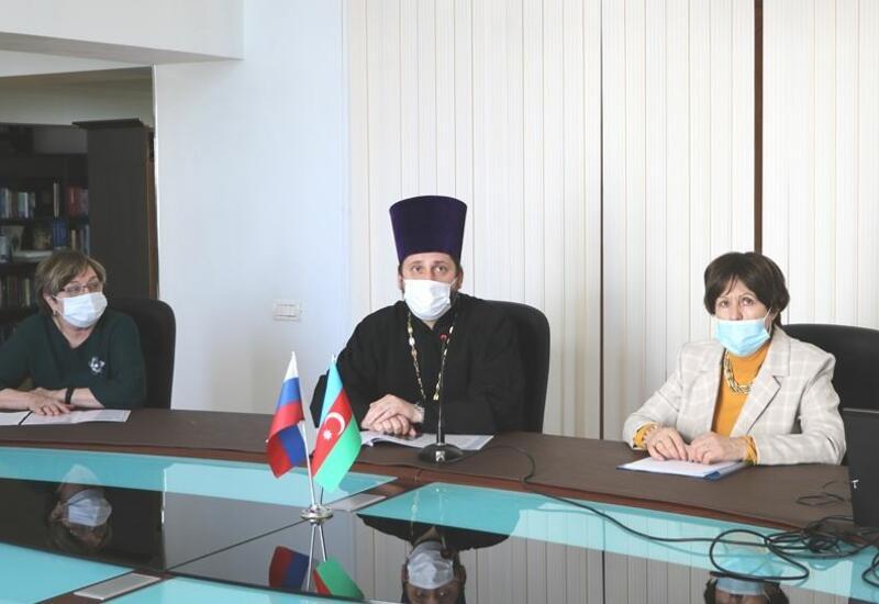 В Баку прошла встреча, посвященная Александро-Невскому храму в Гяндже