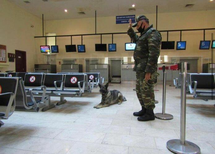 В аэропорту Забрата прошли учения Службы спасения особого риска МЧС