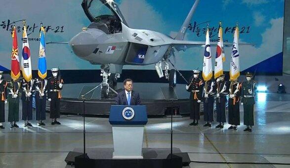 В Корее показали прототип новейшего истребителя KF-X