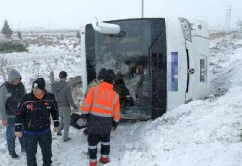В Турции туристические автобусы попали в ДТП, 46 раненых