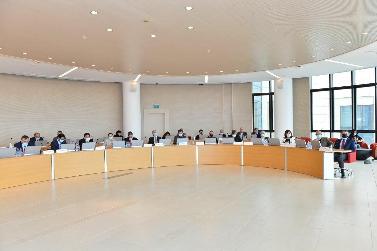 Джейхун Байрамов принял участие в круглом столе, организованном Университетом АДА