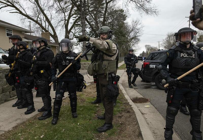 В Миннесоте начались протесты после гибели афроамериканца при задержании