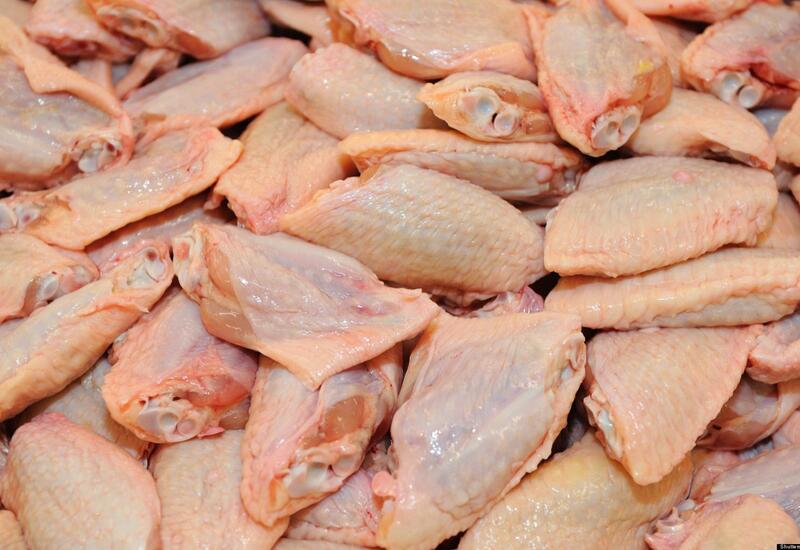 Азербайджан ввел временный запрет на ввоз мяса птицы из Германии и Непала