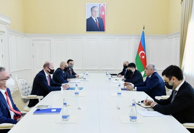 Али Асадов встретился с региональным президентом BP