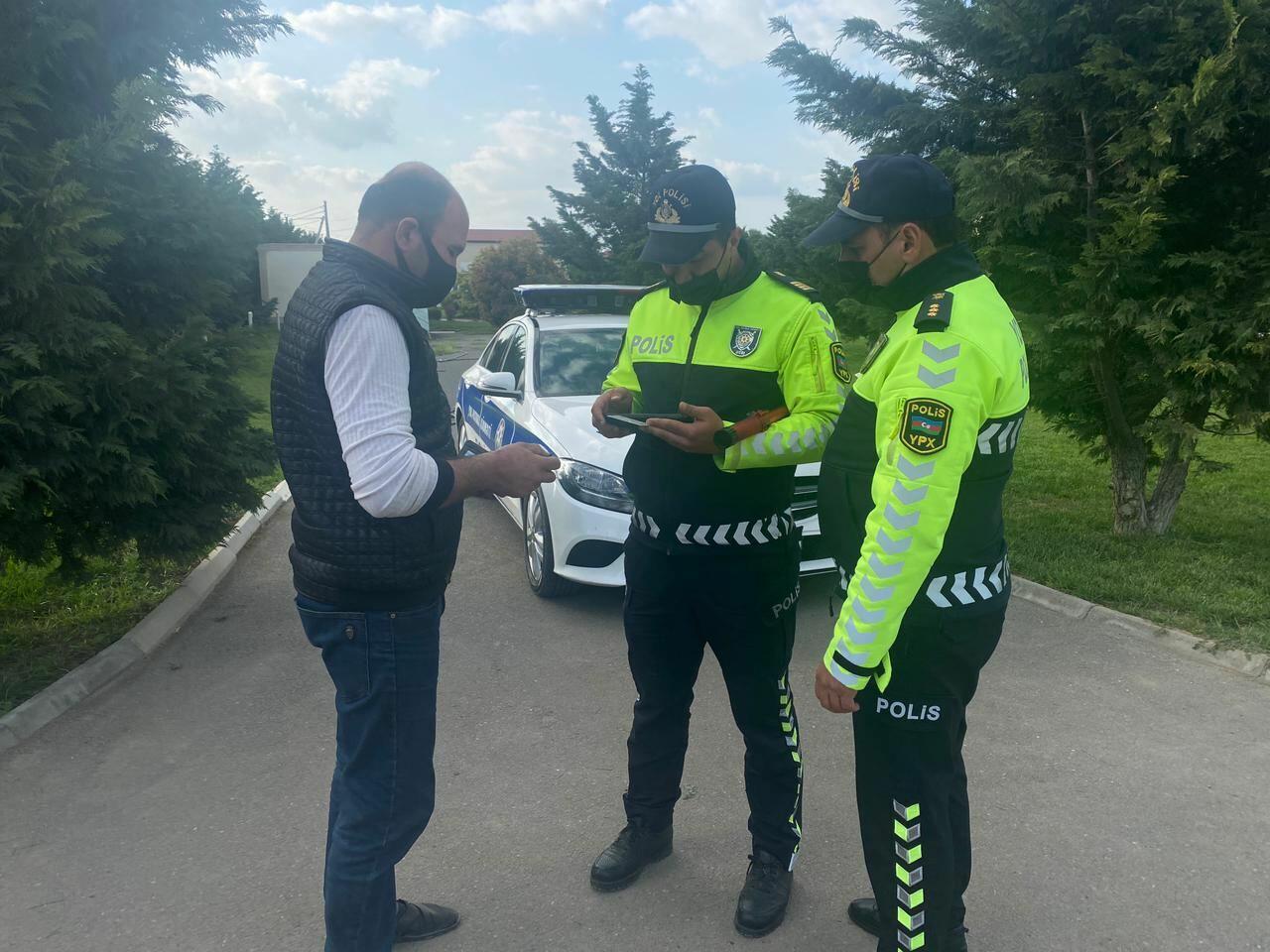 Пресекаются попытки граждан незаконно проехать в освобожденный Карабах