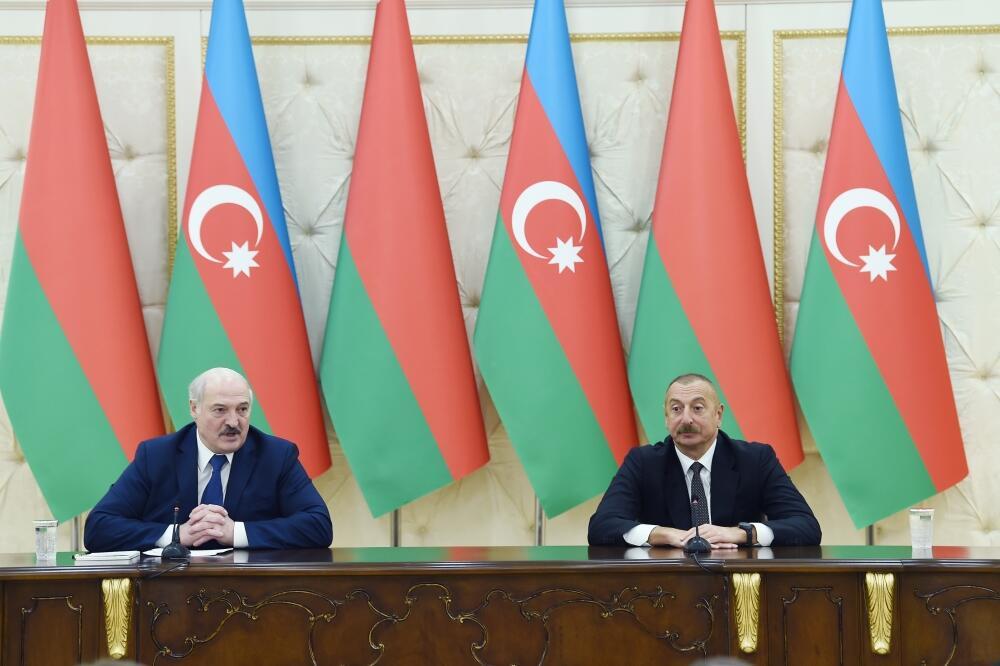 Президенты Азербайджана и Беларуси выступили с заявлениями для прессы