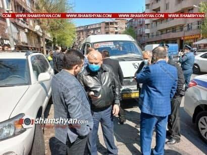 В Ереване пассажира микроавтобуса убили за просьбу надеть маску