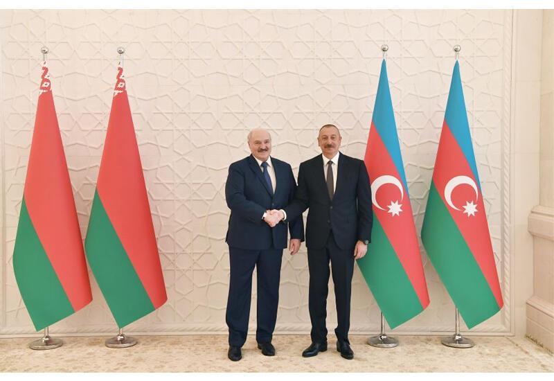 Президент Ильхам Алиев: Отношения между Азербайджаном и Беларусью совершенно свободны от всяких проблем